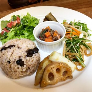 vege cafe〜 your favoriteからのご挨拶